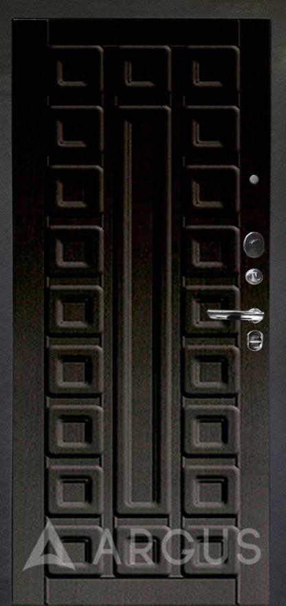 Сейф-дверь Аргус Люкс ПРО 3К Черный шелк СЕНАТОР ВЕНГЕ ТИСНЕНЫЙ