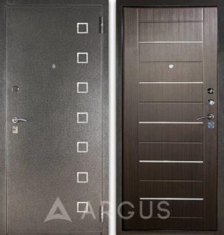 Металлическая сейф-дверь с молдингами Аргус Стиль ДА-1/2 Даллас